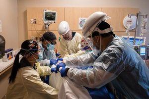 California (Mỹ): Biến thể của virus Corona dễ lây lan và nguy hiểm hơn
