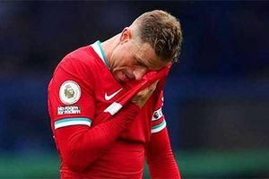 Liverpool xác nhận thời gian nghỉ thi đấu của Henderson