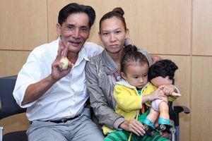 Diễn viên Thương Tín: U70 vẫn bươn chải hàng ngày để lo cho vợ trẻ kém 32 tuổi