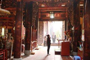 Đền Bạch Mã - chốn linh thiêng