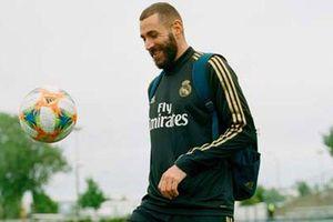 Benzema ngắm đích derby Madrid
