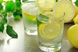 Tác hại của việc uống quá nhiều nước chanh