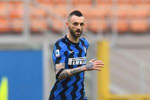 Chuyển nhượng: MU muốn dùng Telles đổi lấy sao Inter Milan