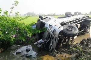 TNGT nghiêm trọng tại Bạc Liêu: Khẩn trương cứu chữa các ca nặng
