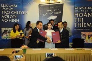 Lùm xùm bản quyền cuốn sách tâm linh 'Trò chuyện với cõi vô hình' giữa First News- Trí Việt và Thái Hà Books