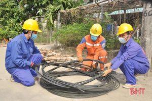 Điện lực Hương Sơn 'quán quân' văn hóa doanh nghiệp