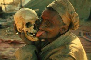 Những nghi lễ 'chết người' có thật trên thế giới