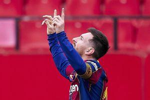 Messi kiến tạo và ghi bàn, Barca tạm vượt mặt Real Madrid