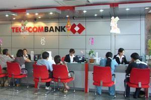 Các ngân hàng tiếp tục giảm lãi suất