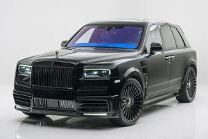Rolls-Royce Cullinan hầm hố với gói độ của Mansory