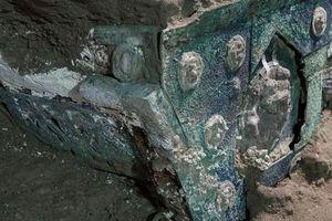 'Đỏ mặt' với báu vật nguyên vẹn từ thành phố bị chôn vùi 2.000 năm
