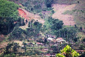 An cư nơi núi lở - Bài 1: Làng chạy