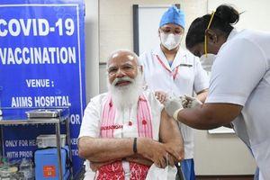 Vaccine Covid-19: Thủ tướng Ấn Độ tiêm liều đầu tiên, EC sắp 'chốt' hộ chiếu vaccine điện tử?
