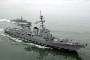 Tàu chiến Mỹ-Nga 'đụng hàng' ở Sudan
