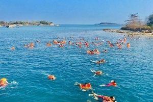 Phấn đấu đưa Kiên Hải trở thành điểm du lịch sinh thái, nghỉ dưỡng với các hoạt động dịch vụ phong phú, đa dạng