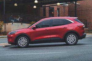 Những điểm nhấn đáng chú ý trên Ford Escape 2021, đối thủ của Mazda CX-5, Hyundai Tucson