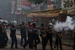Reuters: Ít nhất 18 người thiệt mạng ở Myanmar trong ngày biểu tình chống đảo chính