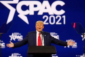 Lần đầu xuất hiện sau mãn nhiệm, ông Trump khẳng định gắn bó với đảng Cộng hòa