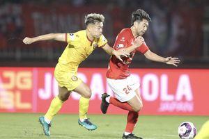Các CLB tích cực giao đấu, háo hức chờ ngày V-League 2021 trở lại