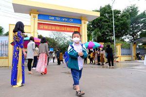 Hà Nội: Ngày đầu trở lại trường của học sinh sau kỳ nghỉ dài 30 ngày