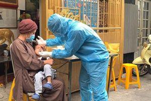 TP Hồ Chí Minh: Lấy mẫu xét nghiệm tại các cơ sở tôn giáo để phòng dịch Covid-19