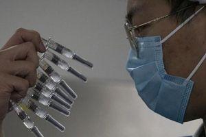 Nghịch lý 'đắng lòng' của vắc-xin Covid-19 Trung Quốc