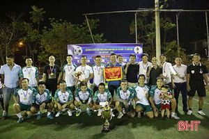 FC New Focus đại diện Hà Tĩnh tham dự giải bóng đá sân 7 Bắc miền Trung