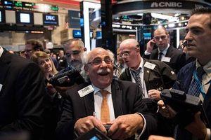 Chứng khoán Mỹ bùng nổ, S&P 500 tăng mạnh nhất 8 tháng