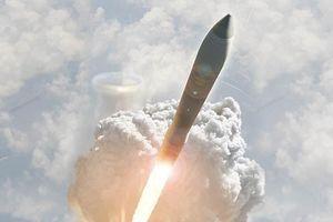 Cận cảnh tên lửa hạt nhân 'không thể đánh chặn' của Mỹ lao vút lên trời