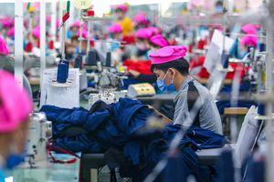 Doanh nghiệp mở rộng nhà máy, tuyển dụng cả nghìn công nhân
