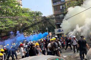 Ít nhất 6 người bị bắn chết trong biểu tình Myanmar ngày 3/3