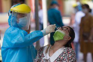 Gần 7.000 nhân viên tuyến đầu chống dịch ở Đà Nẵng âm tính với nCoV