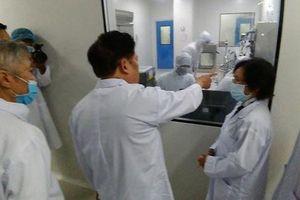 Việt Nam nỗ lực 'phủ sóng' vắc-xin Covid-19 (*): Ưu tiên sản xuất vắc-xin trong nước