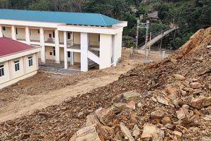 Sạt lở đe dọa trường học tại Thanh Hóa: Học sinh được chuyển đến nơi an toàn
