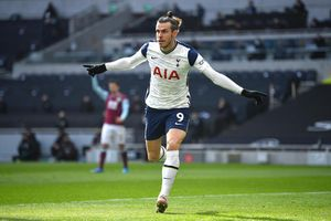 Gareth Bale 'gãi' tiền Real Madrid đến từng xu
