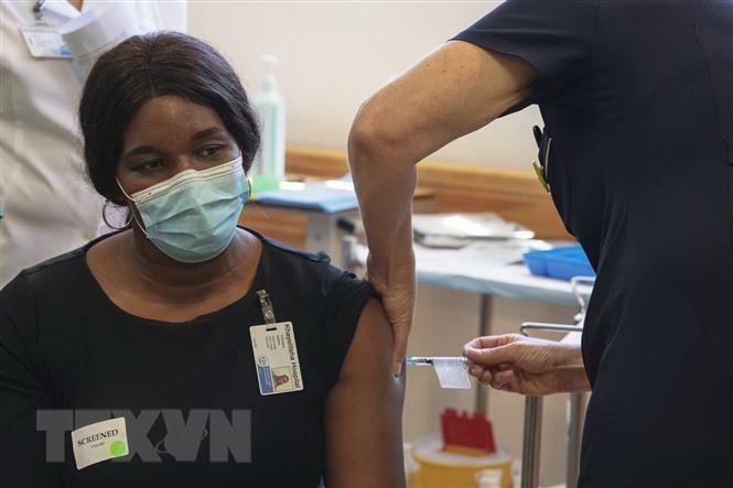 WB sẵn sàng tài trợ cho 30 nước châu Phi tiếp cận vắcxin COVID-19