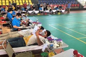 600 người hiến máu tình nguyện