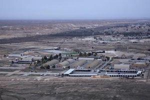 Tên lửa nã liên tiếp vào căn cứ không quân của Mỹ tại Iraq