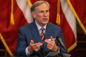 Đối đầu Mỹ và CDC, Texas mở cửa 100%