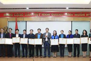 Hơn 80.000 suất quà được trao cho công nhân có hoàn cảnh khó khăn dịp Tết Tân Sửu