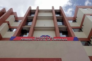 Bảy sinh viên tử vong khi ngã từ tầng 4 của trường đại học