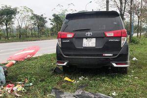 Camera ghi lại cảnh ôtô tông liên hoàn làm một người chết ở Hà Nội