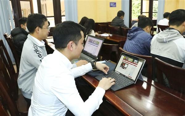 Bàn giao trang thông tin điện tử xã, thị trấn trên địa bàn huyện Gia Lâm