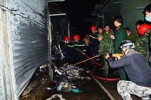 Kịp thời dập tắt đám cháy tại chợ Noong Bua tại TP Điện Biên Phủ