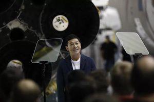 Tỷ phú Nhật Bản mời 8 người cùng du hành lên Mặt Trăng bằng tên lửa SpaceX