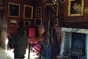 Chụp được ảnh hồn ma trong cung điện Anh?