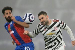 MU giương cờ trắng đầu hàng Man City trong cuộc đua vô địch