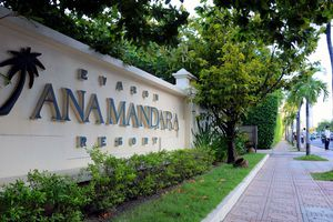 Chủ hai khu resort chắn biển Nha Trang làm ăn như thế nào