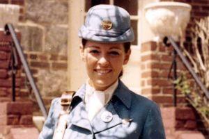 Tình yêu sét đánh của tiếp viên hàng không Pan Am và đặc vụ CIA