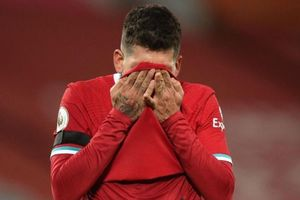 Liverpool gặp họa nếu mất suất dự Champions League
